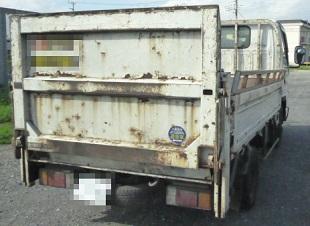産業廃棄物収集運搬車後面写真